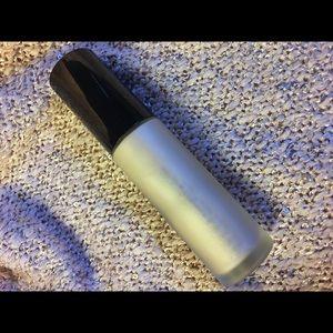BECCA Makeup - BECCA